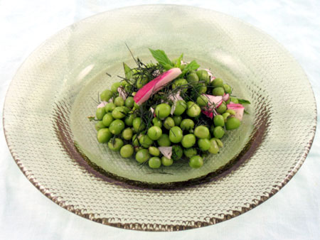 Fresh Spring Pea, Fennel and Mint Salad