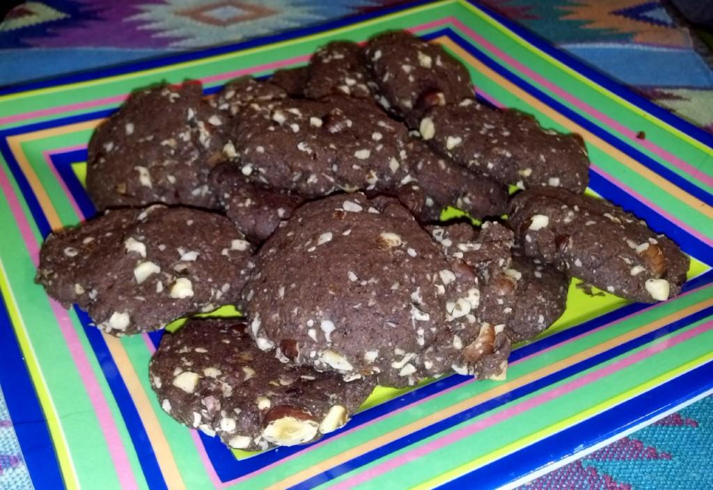 Crunchy Chewy Chocolate Hazelnut Cookies (Vegan)