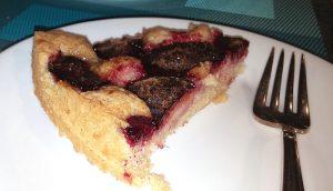 plum-tart-slice